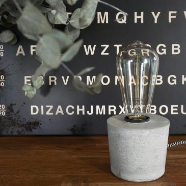 Lampe en ciment à construire soi-même