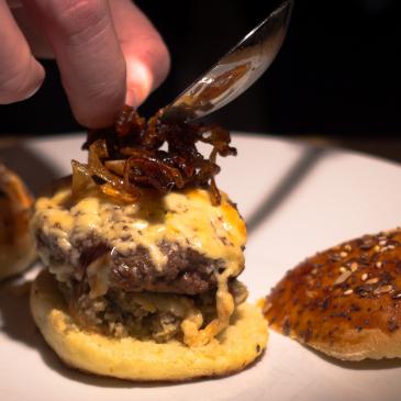Apprenez l'art du burger, à la maison