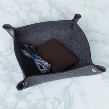Vide-poche en feutre et cuir