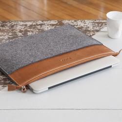 Housse MacBook Pro en feutre et cuir marron
