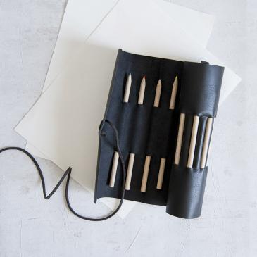 Pochette à crayons en cuir