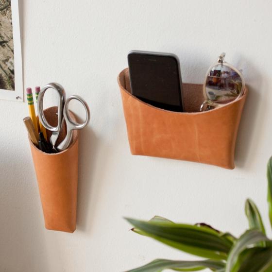 Vide-poches mural 100% cuir