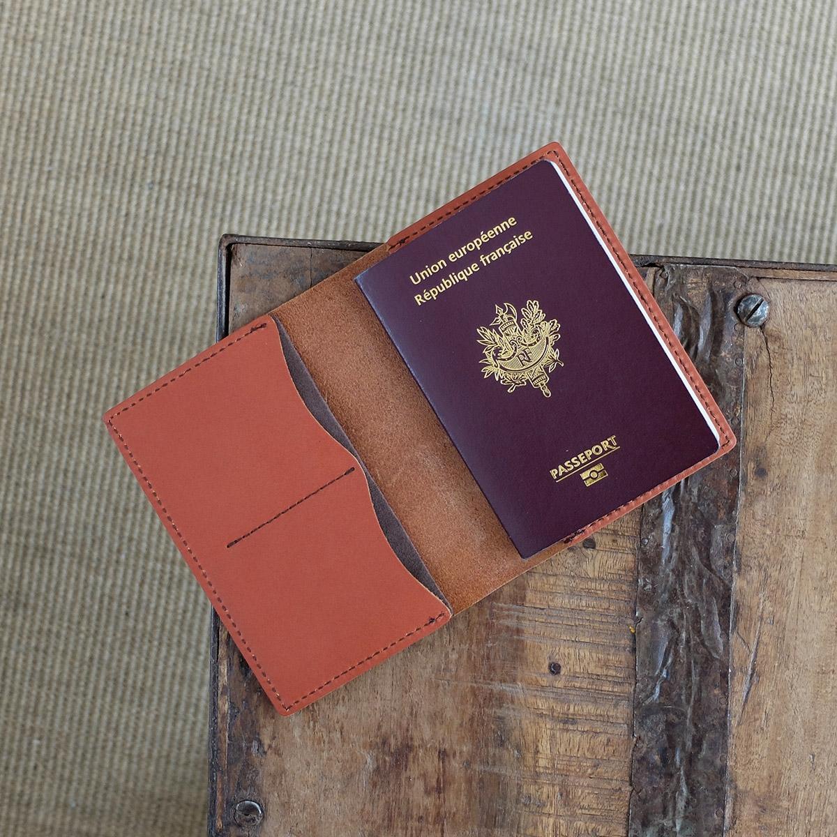 Porte Passeport En Cuir Les Raffineurs - Porte passeport cuir